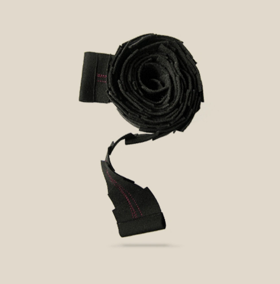 joyeria-creativa-bufanda-negra-01-caprichos-creativos